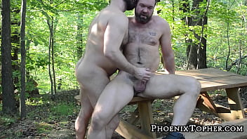 Bear and his lover go outside for deep breeding session