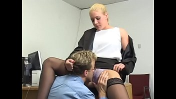 Fair-haired boss womman Heidi Mayne made her second fiddle to poke her cock-hungry snatch in the office