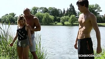 Outdoor workout turned threesome