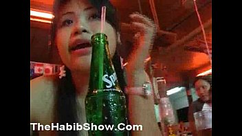 Video sex Thailand Yellow Pussy gets Arab Dick online high speed