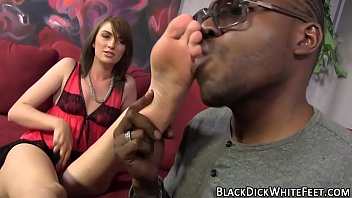 Teen rubs big black cock
