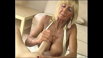 Hot cheerlaeders sucking dick - Hot grannies sucking dicks compilation 1