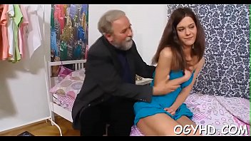 The hottest porn site Old dick enters young pussy