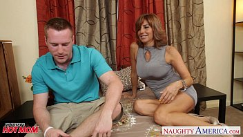 Heels puncturing penis - Sexy mom tara holiday fucking well