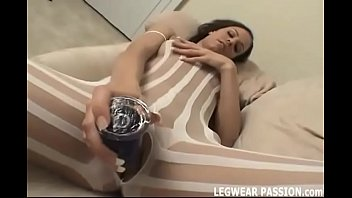 I will rip open my pantyhose and toy my pussy for you