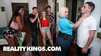 Curvy Officer (Julie Cash) Gets Naughty With Chris - Reality Kings