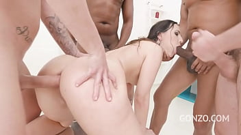 Kristy Black double anal fucked and pissed all over SZ2619