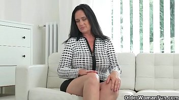 Weekend fun mature - An older woman means fun part 139