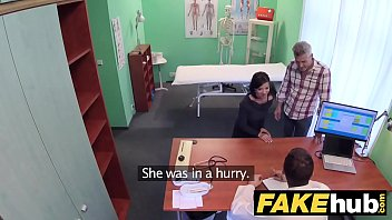 Voyeur rtp fake wife - Fake hospital czech doctor cums over horny cheating wifes tight pussy