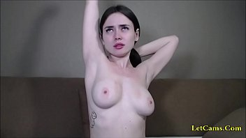 She topless before i enter private chat with her