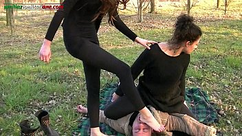 Streaming Video The Anna s Experiences - Trampling in the Outdoor - XLXX.video