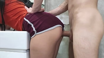 quick morning sex with stepsister in the toilet min