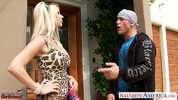 Sexy snow leopard costume Blonde girlfriend jazy berlin fucking