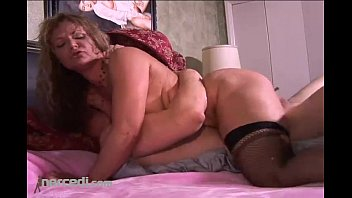Kelly leigh squirts on a cock blonde cumshot