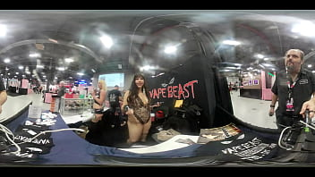 VR Body Tour of Cougar at the Vapebeast booth at  EXXXotica NJ 2019
