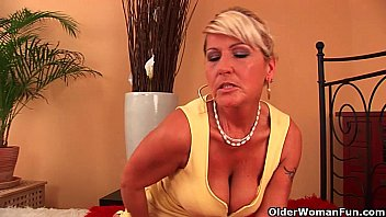 Hanging older tits Grandma renata with her hanging big tits is dildoing her hairy cunt