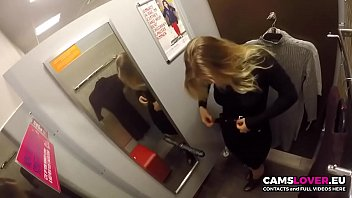 Wonderful girl! Masturbate in changing room!