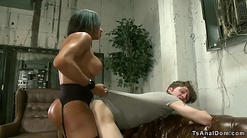 Dominant black shemale video clips Shemale banker anal fucks client