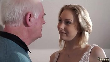 Old recruiter fuck young girl at an interview thumbnail