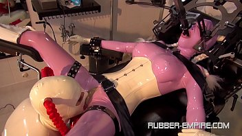 Bdsm in latex or rubber Heavy rubber gurls