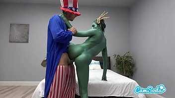 Camsoda - Statue of Liberty Fucks Uncle Sam 13分钟