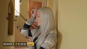 Seductive (Sybil Stallone) gets want she wants from (Ricky Spanish) - Brazzers