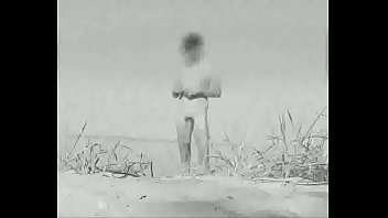 Vintage beach voyeur - Huge vintage cock at a german nude beach