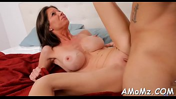 Free hot lusty milfs Mature playgirl bounces on dong