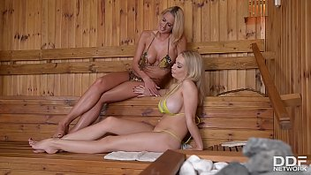 Intense foot fetish galore at the spa with Chelsey Lanette & Chessie Kay 20 min