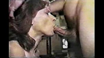 Dumb sex videos - Cougar shows she has lots of experience sucking dick