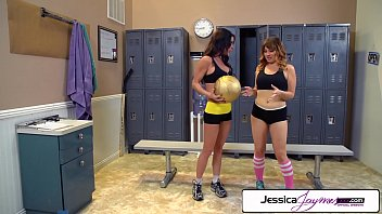 Jessica Jaymes fucking Jesssica Ryan with a big strap-on, big boobs