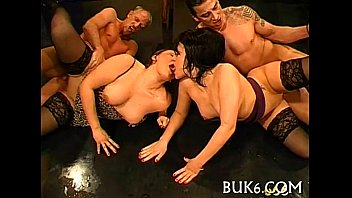 Group-sex and pissing session