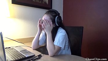 Thirteen years old fuck 18 year old lenna lux masturbating in headphones