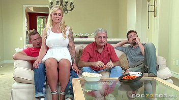 Brazzers - (Ryan Conner) - Milfs Like It Big porno izle