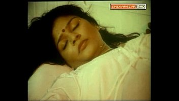 Mallu Aunty Forced after Shower