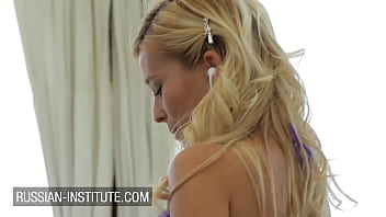 Lola Reve gorgeous French blonde outdoor threesome