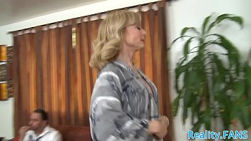 Mature slut tastes cum while cuckolding 6 min