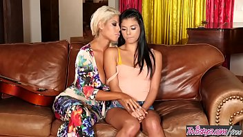 Step mom (Bridgette B) makes her lil teen (Gina Valentina) lick her pussy - Twistys - 69VClub.Com
