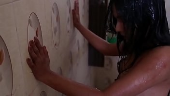 Zoya Rathore Nipple visible - B Grade Actress thumbnail