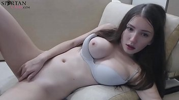 Cute Brunette Teen Plays With Pussy And Ass On Webcam porno izle