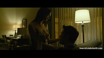 Emily Ratajkowski in Gone Girl 2014