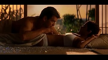 Halle Berry hot sex scene with Pierce Brosnan