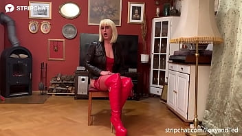 Stripchat's FoxyandTed in kinky pornstar casting role-play with cumshot in mouth 21 min
