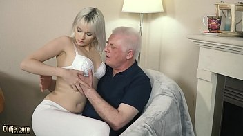 Girls sucking old cock videos - Young blonde hardcore blowjob and deep tight pussy fucking with grandpa in old young porn video