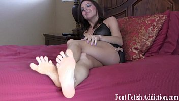 Worship our little toes footboy foot fetish