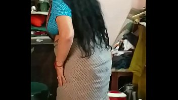 Deshi Friends Mom