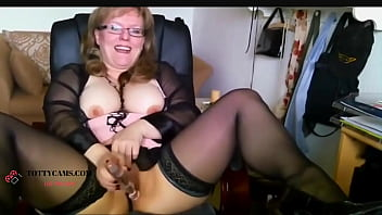 Sexy German In Lingerie on Cam