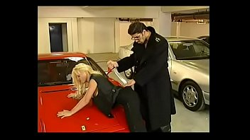 Sexy garage girls Kelly trump anally forced in garage