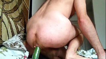 I training my anal with cucumber
