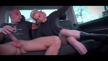 Mea Melone & Wendy Moon run the party in driving van full of fucking people Thumb